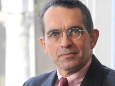 Καζαριάν: Το ύψος του ελληνικού χρέους είναι το ψέμα του αιώνα